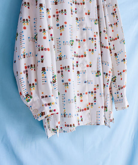 【tiny yearn】Flower Pattern Over Blouse