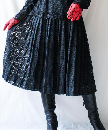 【Seek nur】Black Lace Pleats Dress