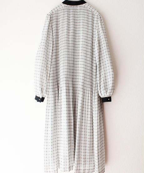 【Seek nur】Check Pleats Sheer Dress