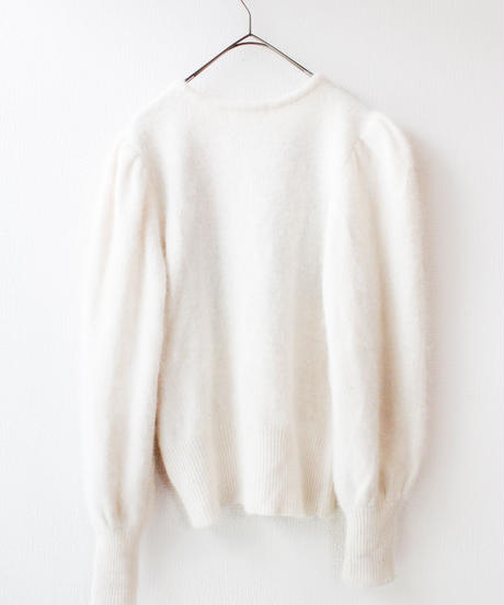 【Seek nur】Flower White Angora Sweater