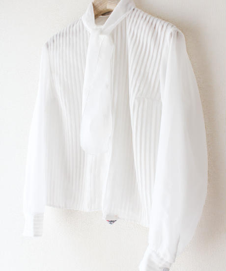【tiny yearn】France Accordion Pleats Bowtie Blouse
