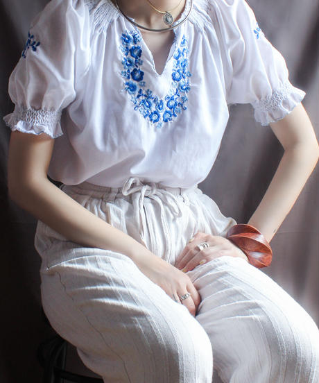 【Seek nur】Hungary embroidery Tops