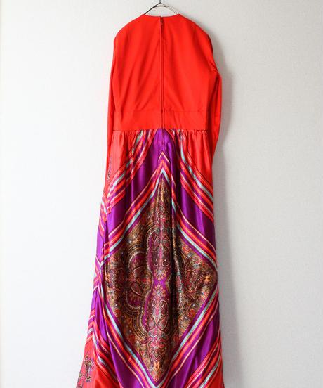 【tiny yearn】1970's Oriental Pattern Maxi Dress