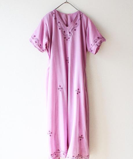 【Seek an nur】Embroidery Sheer Ethnic Dress