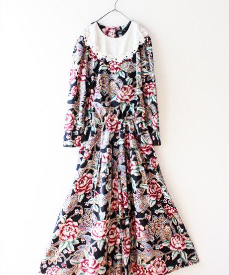 【Seek nur】Bib collar Flower×Paisley Flare Dress