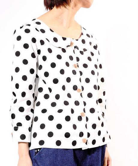 真面目に水玉を考えたらこんなシャツになりましたシャツ‥
