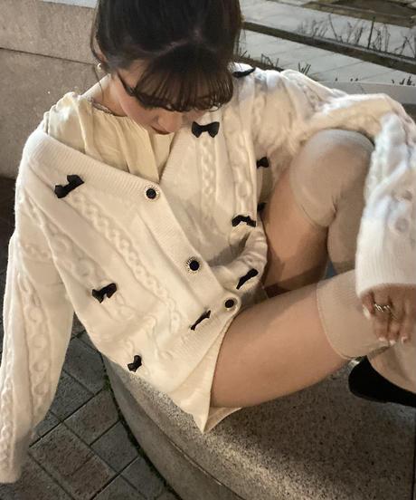 ribbon milky cardigan