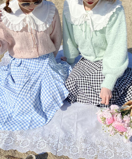 lace frill collar