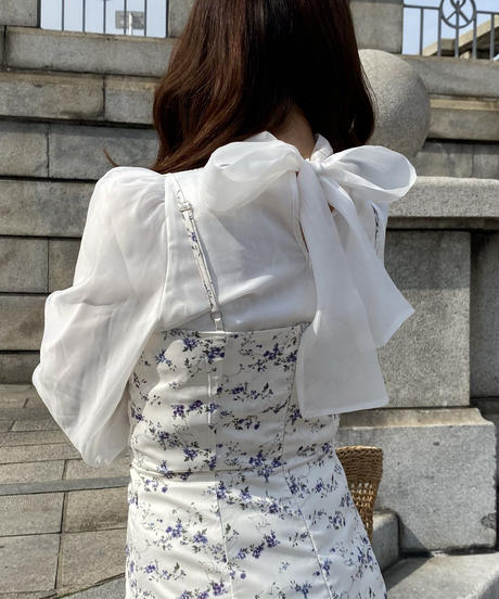 back ribbon melty blouse