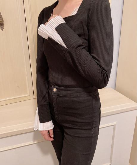 square neck pleats tops