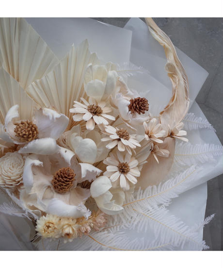 White Dried flower Bouquet:Large