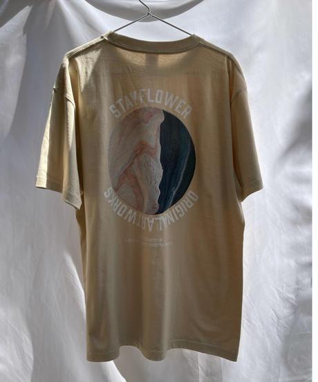 ORIGINAL ARTWORKS × STAYFLOWER Tシャツ BEIGE
