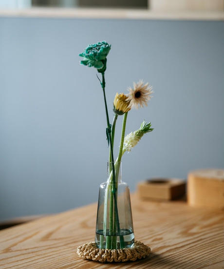 "Clear Flower Vase ""soda water long "" with a flower 009"