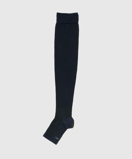 01_09 BLOOD FLOW SOCKS for RELAX (Over knee length / For indoor use)