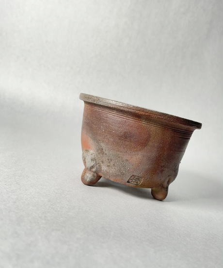 伝市鉢・口広足付型3号(登り焼)