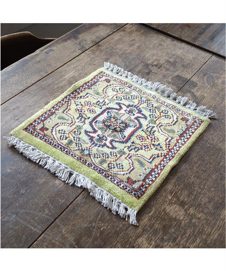 Afghanistan vintage   mini rug melon 30.5×28cm
