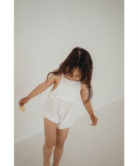 illoura the label | Field romper -White-
