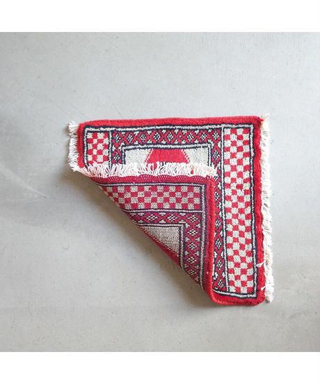 Afghanistan vintage   mini rug white red 32 × 32.5cm
