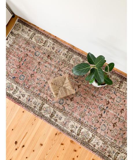 vintage rug | rug old rose 178 × 86 cm