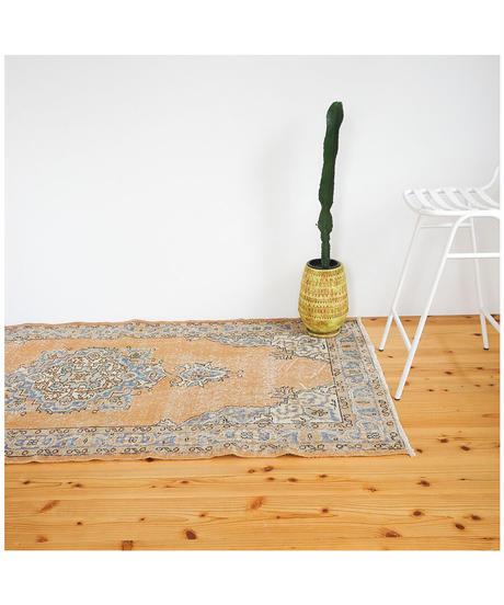 vintage rug | rug carrot 196.5 × 98cm