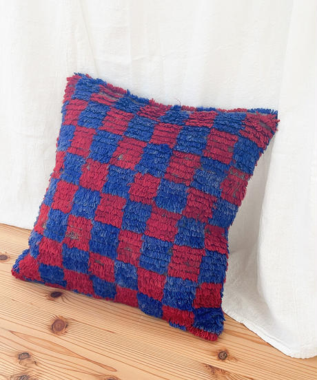 Lily vintage   cushion cover 40 × 40cm