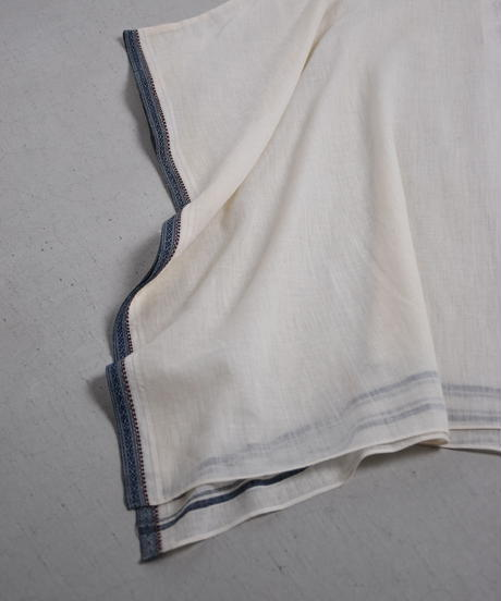 COUNTERPOINT / VINTAGE CLOTH PONCHO 034
