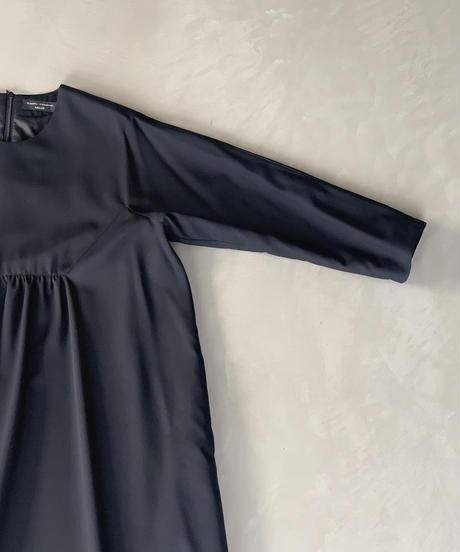 黒ギャバワンピース(high quality Gabardine / no.413)