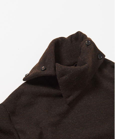 B-Neck Button Cut Pull-over(Black)