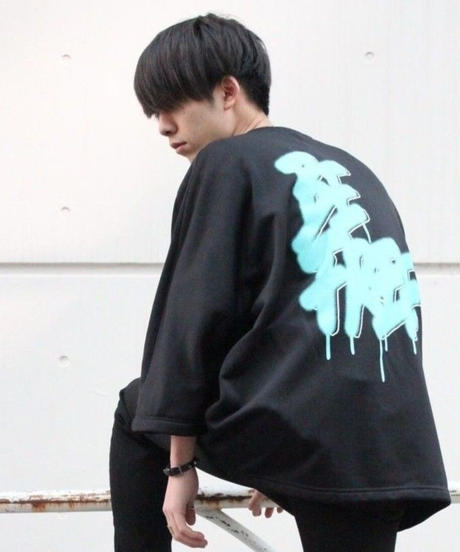 """BE FREE""  LONG-TEE【BLK】"