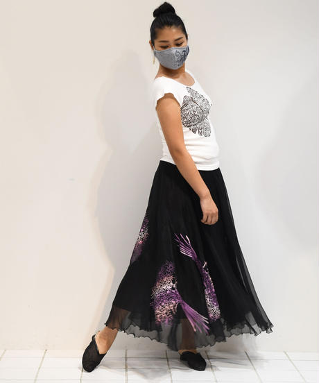 シフォンロングスカート(ブラック/花束柄)