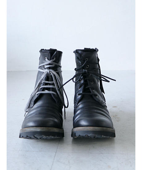 D.HYGEN / ST109-0921A  / Horse Leather Lace-Up Combat Boots / Black