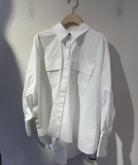 バックオープンオーバーシャツ