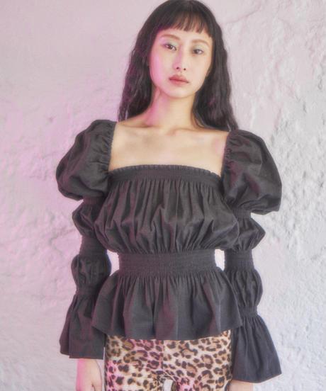 sleeve conscious blouse BLACK