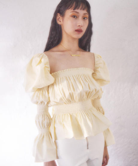 sleeve conscious blouse CREAM