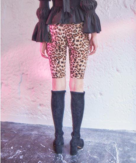 leopard half leggings