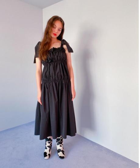 volume gather dress BLACK