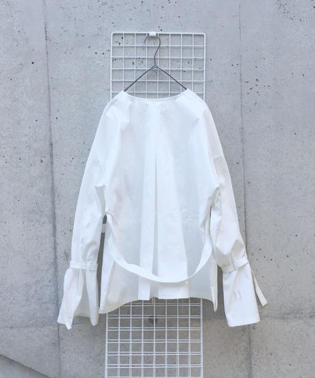 Hole Tuck - Shirt