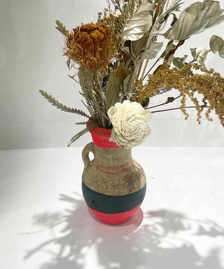 dry flower pot