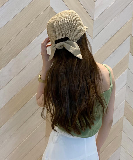 back ribbon cap