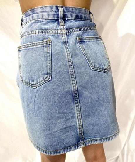 lovely denim skirt