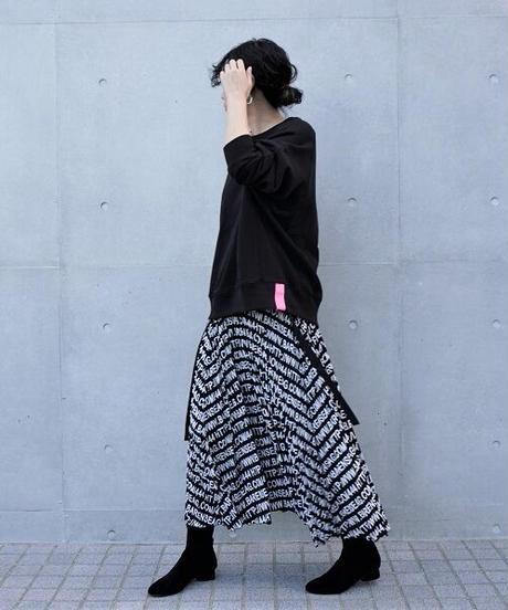 alphabet pleats skirt【2194612】