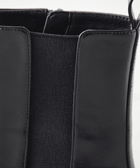 (ブラック) レディなサイドゴア。ミドル丈サイドゴアブーツ 1-7481