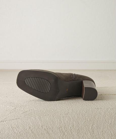 (カーキブラウン) この履きやすさに感動。ウッドヒールストレッチブーツ 7474