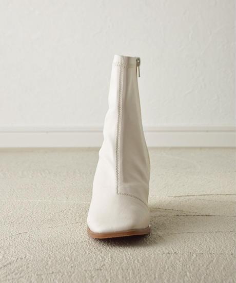(アイボリー) この履きやすさに感動。ウッドヒールストレッチブーツ 7474