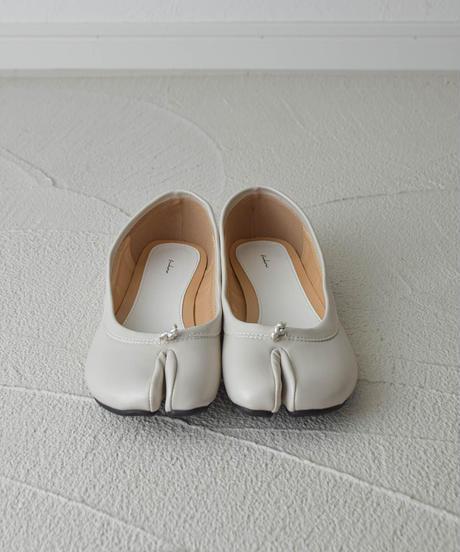(グレージュ) 靴ずれしらずの、足袋シューズ 106-1