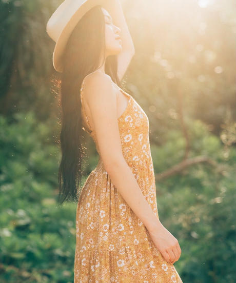 THE FLOWERS IN THE SUN / Natural Cami Dress