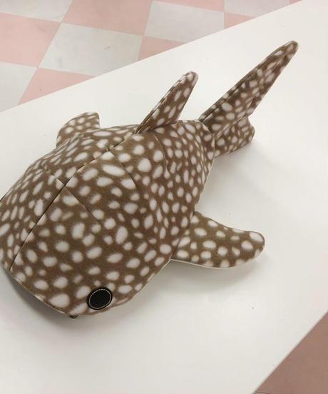 《KASEI》小サメショルダーフリースver(バンビ)