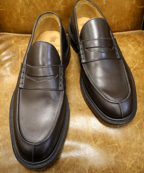 18.45 Rejected Tricker's / Brown / Unlined Loafers / Leather Sole / Size 7 half