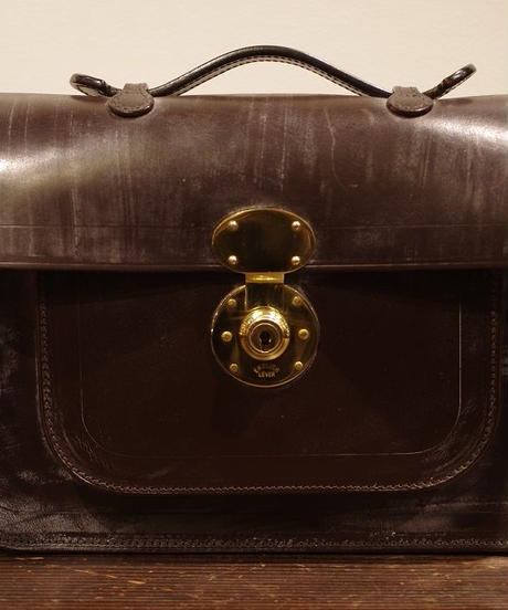 Rutherfords / Satchel With 806 Lock  / Small /Chocolate