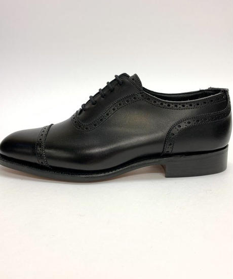 19.02 Rejected Tricker's / Black / Adelaide Oxford / Leather  Sole